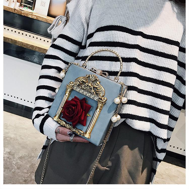 2018 NEW Rose 3D Palace Sculpture Frame Bag Luxury Handbags Women Party Bags Designer Lady Cute Shoulder Messenger Bag Sac Tote 35