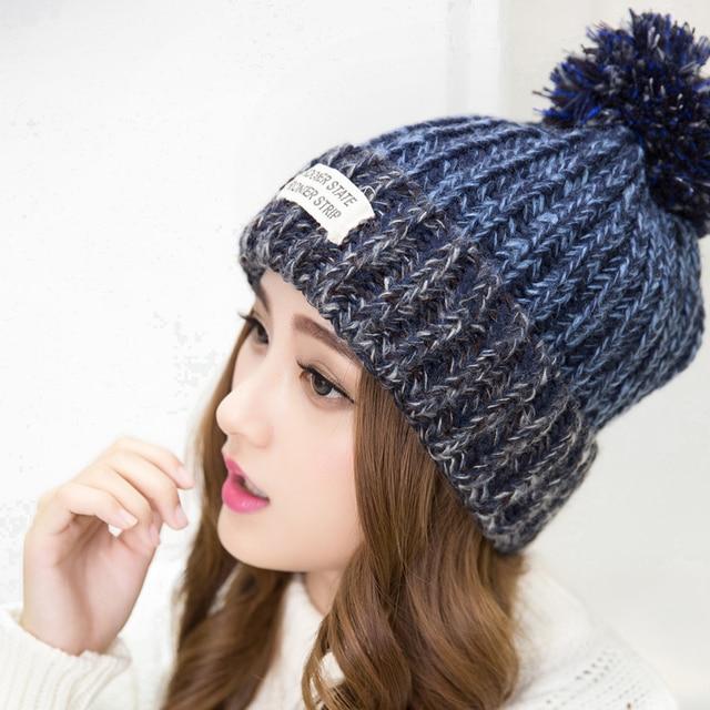 2017 новинка шапки женские зимние теплые шерстяные зимние шапки вязаные меховая шапка для женщины твердотельные письмо и шапочки 6 цвет шапка