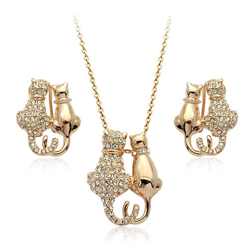 90459ff38 Unique Design Full Rhinestone Hello Kitty Jewelry Sets Italina Romantic  Plated 18K Gold Earring &Necklace For Women Fine Jewelry