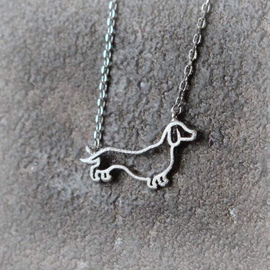 85ca321e59f1d البابونج 10 قطعة الوحدة الألماني قلادة مجوهرات الحيوانات الاليفة الكلب  القلائد المعلقات للنساء