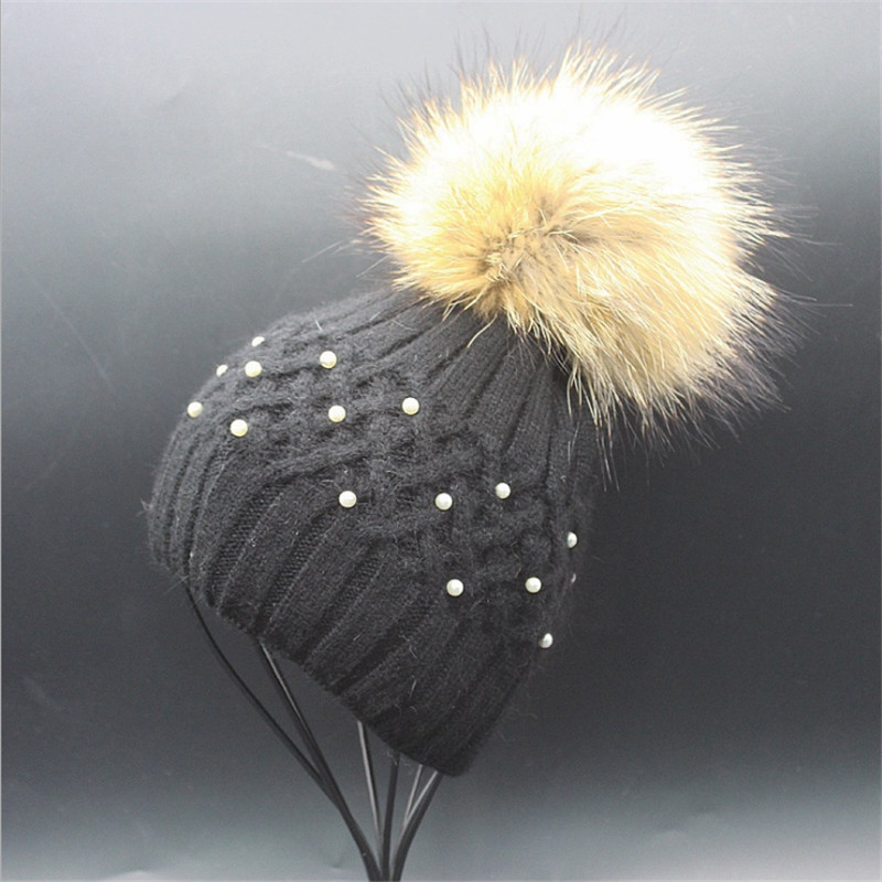 Knitted Women's Winter Hat Real Raccoon Fur Ball Crochet Cap Pearl Warm Casual Females casquette Pom Poms touca inverno Fashion mengpipi women children cotton knitted hats winter warm raccoon fur hat cap gorros de lana touca casquette cappelli bonnets