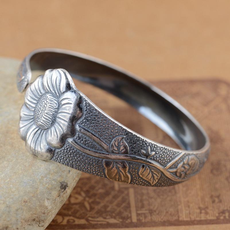 Bracelet wholesale sterling silver S925 silver style female models of atmospheric explosion models of simple style gift