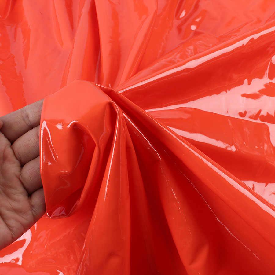 ミラーフェイクレザー光沢のある PU 生地 4 ウェイストレッチ服ショーツレギンスヤード販売