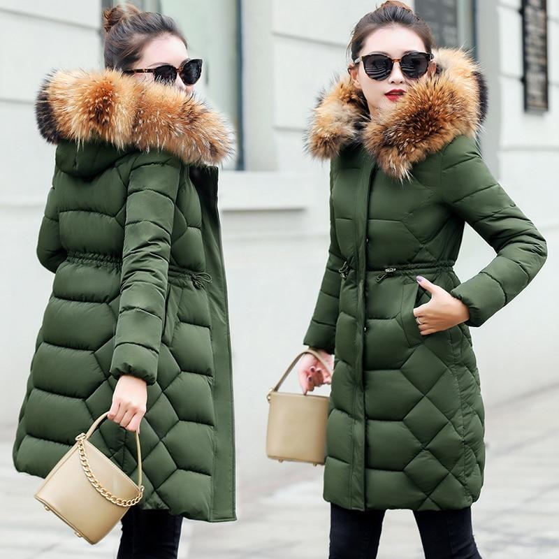 큰 리얼 모피 겨울 자켓 여성 파카 너구리 모피 칼라 겨울 코트 여성 군대 그린 다운 자켓 thicken warm female jacket-에서파카부터 여성 의류 의  그룹 1