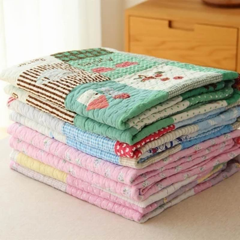 Cotton wash old cotton quilt is thin air conditioning is children's cartoon Cotton blanket Summer quilt outlet cotton wool blended classic triangles travel home picnic throws blanket bedspread summer quilt
