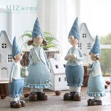 Miz 1 Paia Resina Figurine Regalo Di Natale Giocattolo per I Bambini Coppia Doll Boy & Girl Figure Di Natale Decorazione Accessori
