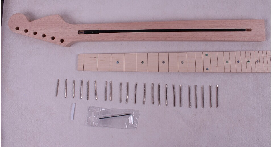 one unfinished electric guitar neck mahogany made and maple wood fingerboard Bolt on 22 fret 011# black color 24 frets holt on one electric guitar neck mahogany wood and rosewood fingerboard 171