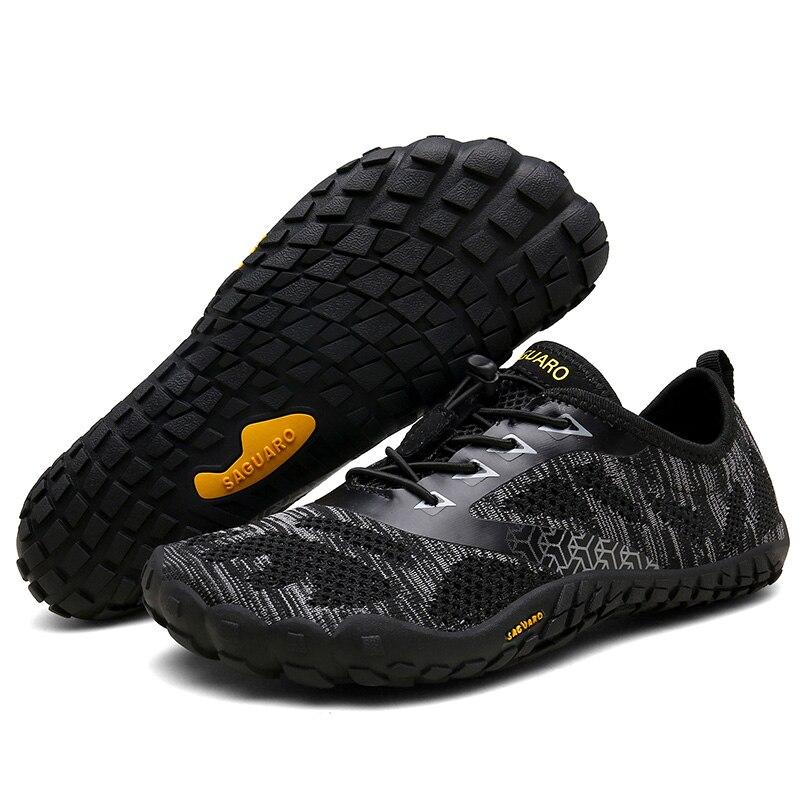 Verão Sapatos Mulher Sandálias de Praia Respirável Sapatos Com Os Pés Descalços Dos Homens Do Aqua Água Sapatos Upstream Mergulho Natação Meias Tenis Masculino