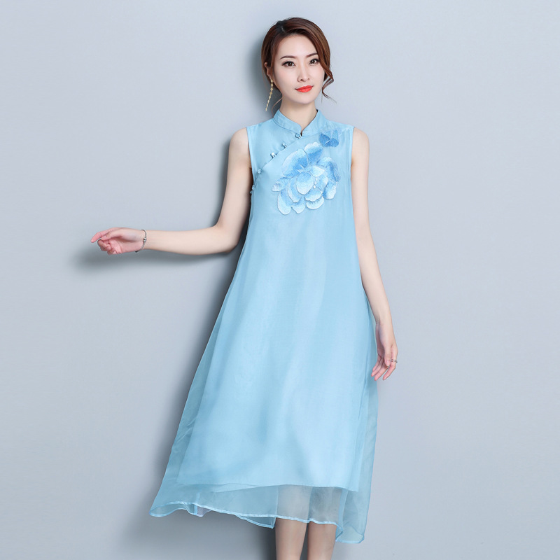 Retro Chinese Dress Cheongsam Stand Collar Flower Embroidery Glam Vestidos 2018 Summer Sleeveless Elegant Silk Dresses Pink Blue
