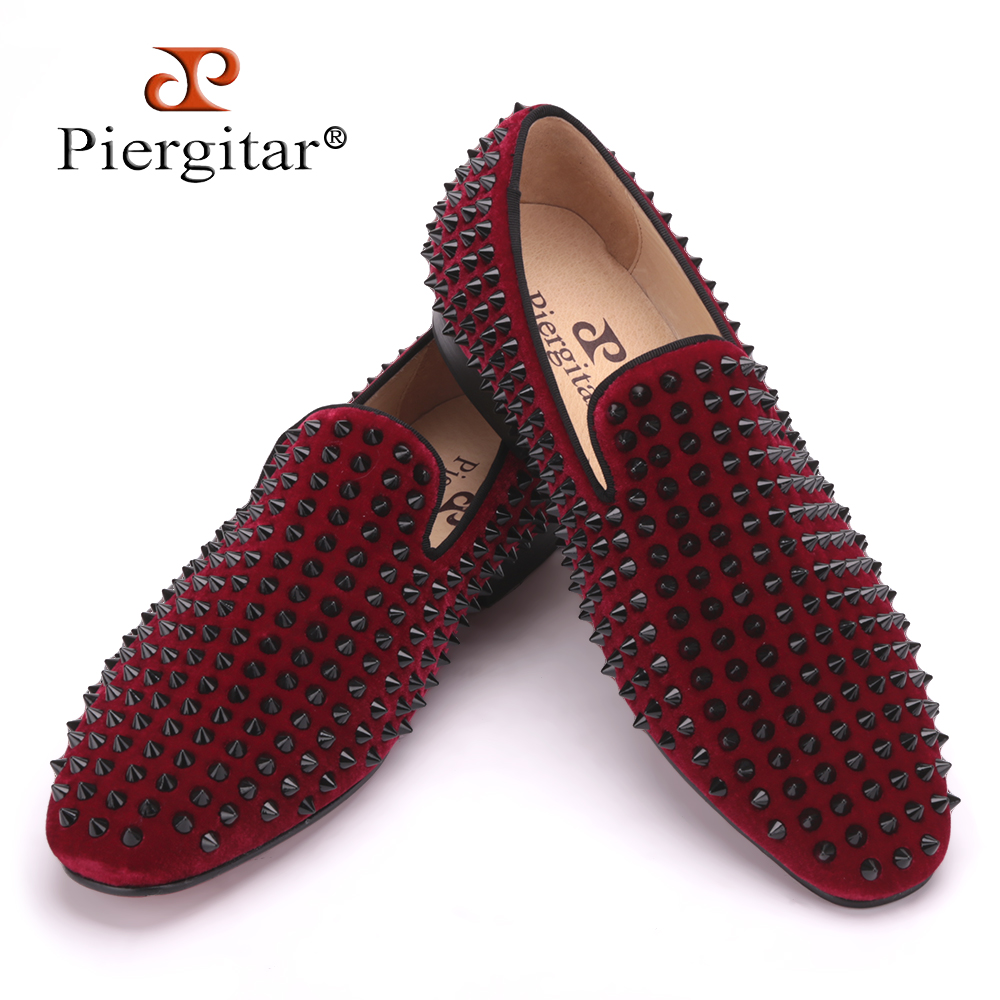 Handmade men velvet shoes with black rivets Fashion party and wedding men loafers Italian style smoking slipper men's falts 2017 handsome smoking slipper in black silk with a refined velvet band detail party and wedding men loafers male dress shoes