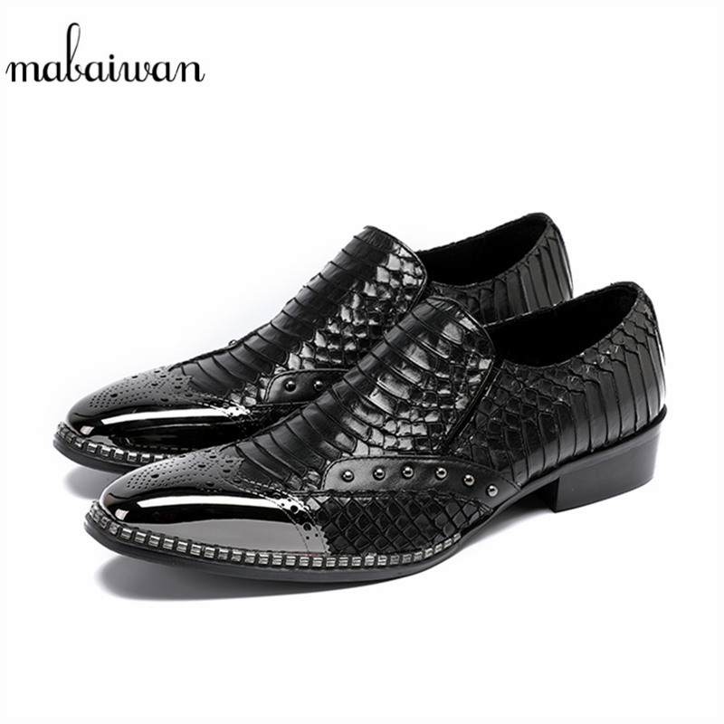 Mabaiwan 2018 Fashion Rivets Casual Shoes Leather Black Snake Wedding Dress Shoes Men Flats Slip On Shoes Business Espadrilles 2017 men shoes fashion genuine leather oxfords shoes men s flats lace up men dress shoes spring autumn hombre wedding sapatos