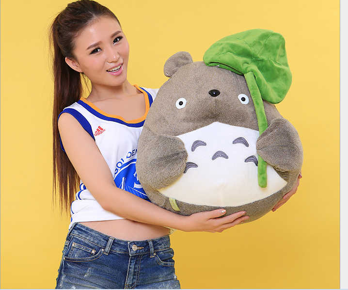 big plush Totoro toy classic expression totoro with Lotus leaf doll gift about 50cm free shipping about 60cm cartoon totoro plush toy dark grey totoro doll throw pillow christmas gift w4704