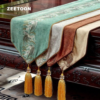 Chinese Style Flannel Table Runner Embroidered Tablecloth for Wedding Party Decor / Home Supplies Bed Flag Tea Ceremony Long Mat