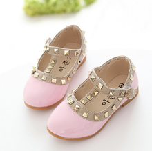 New Girls Sandals Children Casual Leather Shoes Baby Girls Princess Shoes Kids Dancing Flats Rivets Christmas Birthday Gifts