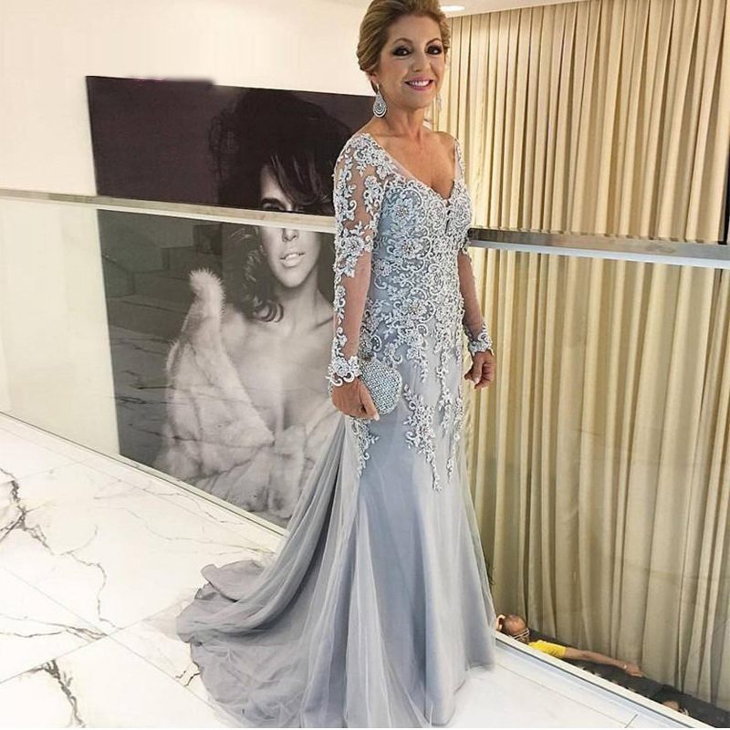 Elegant Beaded Lace Appliqued Sheath V Neck Long Sleeves Mother Of The Bride/Groom Dresses Long Outfits Silver Formal Gown