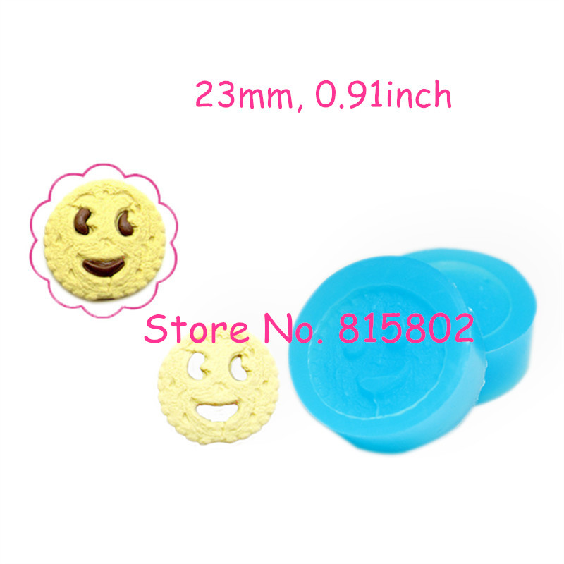 Free Shipping QYL135U/136 One Set 2Pcs 23mm Smiling Cookie Silicone Mold Mini Resin Mold Mini Cupcake Topper (Clay Fimo Paste)