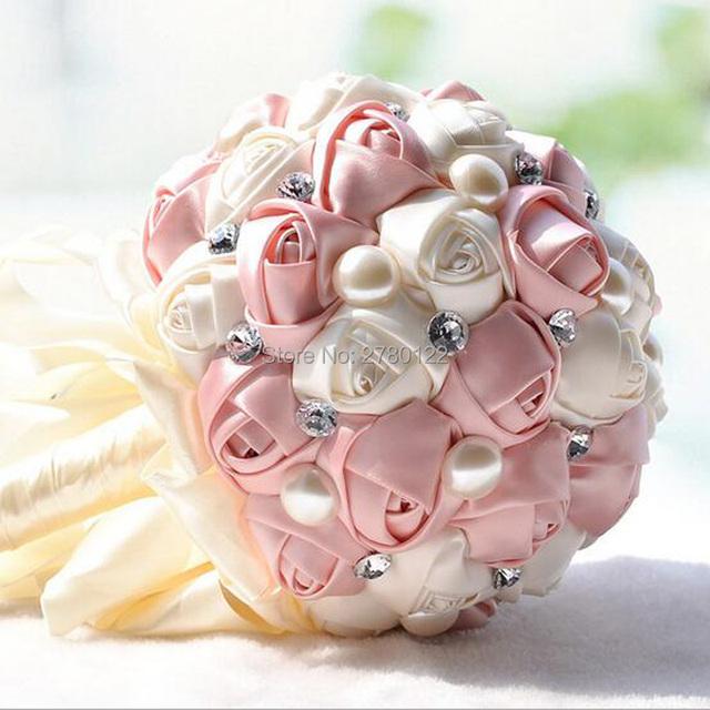 En Stock Moldeado Magnífico Crystal Wedding Bouquet Artificial Sapphire Rose de Marfil Perla de La Flor de dama de Honor Ramos de Novia