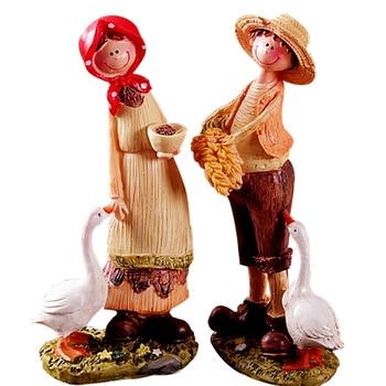 2pcs/set Cute Pastoral Adorn Doll Lovers Statues Desktop Decor Resin Craft Home Decoration Lovers Figurine Ornament Home Decor