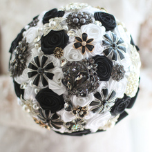 Black & White Wedding Bouquet Custom Bridal roses bouquet   bride's crystal Brooch Bouquet  Wedding floral decoration