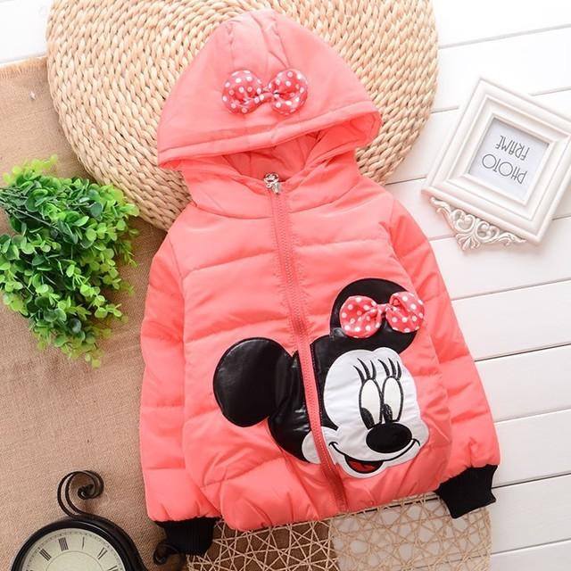 Promoción 2015 nuevo invierno Snowsuit niña diseño de dibujos animados Mickey niñas infantiles abajo capa A337