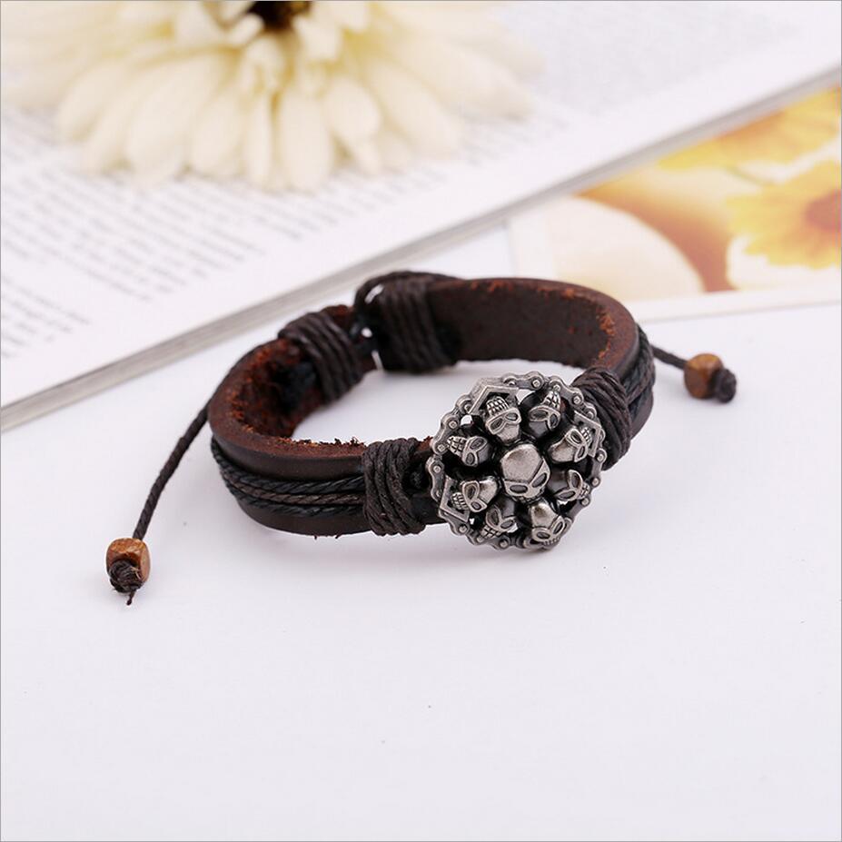 Bracelet titane crâne armure  3
