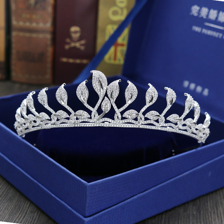 Full Zircon Leaf Tiara Copper Zircon Tiaras Micro Pave CZ Bride Crown Wedding Hair Jewelry Diadem Mariage Bijoux Coroa WIGO1039 new zircon bracelets men jewelry cubic micro pave cz crown charm