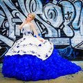 Luxo Azul Royal Vestidos Quinceanera 2016 Vestidos de Novia Blue Ball Vestido de Organza Bordado Flor Ruffles Quinceanera