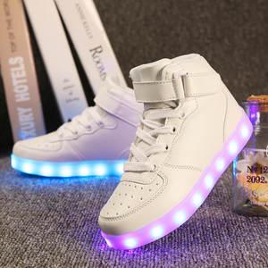 aad0b39f4063ee La MaxPa 2018 Glowing Sneakers Luminous Kids LED