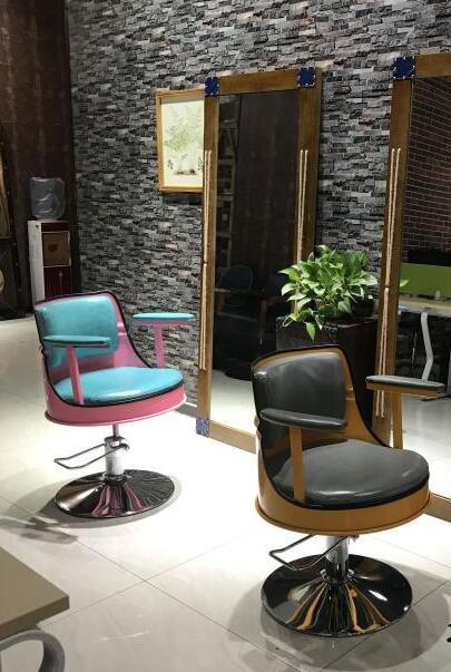 Купить с кэшбэком Retro hair salon chair hair cutting chair hair salon special barber shop new iron art rotary lifting bench.