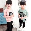 2017 inverno terno desgaste de manga comprida camisola de algodão Coreano comércio exterior das crianças letras de dois ternos de meninas do bebê roupas