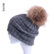 Big Fox Fur Pompoms Women Winter Bobble Hats Fluffy Real Raccoon Fur Beanies Skullies Cashmere Wool Knitted Cap