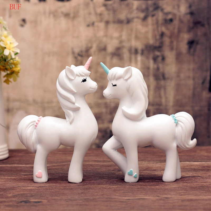 BUF Modern Abstract Cute Unicorn Statue Resin Sculpture Ornaments Home Decoration Accessories Geometric Resin Sculpture Statues