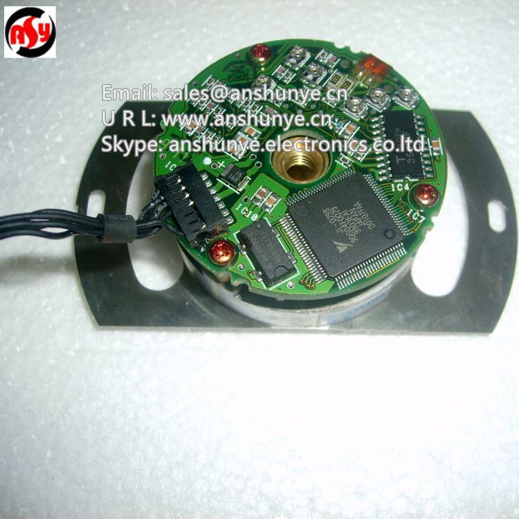Rotary Encoder UTSIH-B17CC for YASKAWA Servo Motor SGMGH-30ACA61 dhl ems yaskawa trd y2048 servo motor encoder good in condition for industry use a1