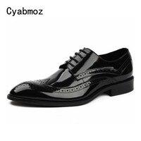 Cyabmoz новые официальные броги человек Туфли под платье мужской натуральная Лакированная кожа ручной работы Оксфорды Элитный бренд Для мужчи