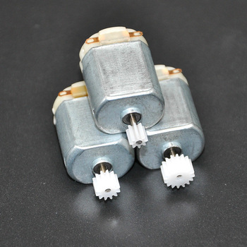 3Pcs/ 130 Small DC motor 3 to 5V Miniature motor four-wheel motor small+(Gear package 3pcs) 1