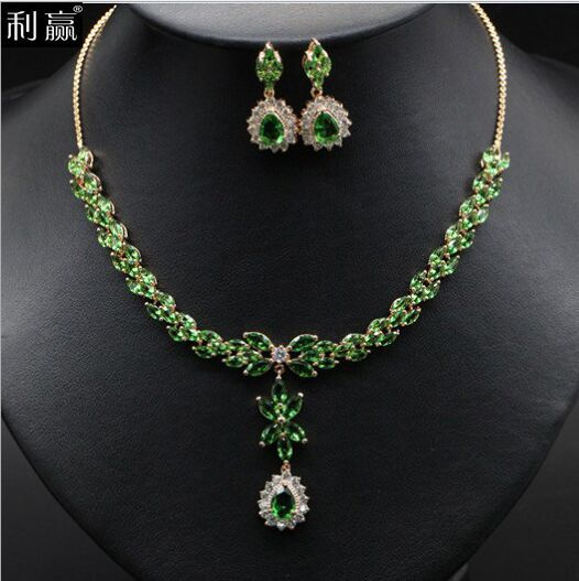 2015 new fashion AAA zircon necklace+ earrings, and suits and luxury bride sets of chain jewelry a suit of fashionable zircon inlaid hollow out necklace and earrings for women