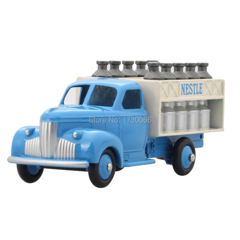 DINKY TOYS 25 0CAMION LAITIER Static alloy car model toy