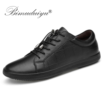 BIMUDUIYU Brand Genuine Leather Men Shoes Lace-Up Breathable Soft Autumn Casual  Flats Shoes Simple Black Style Fashion Sneakers 2018 men casual shoes brand men leather shoes sneakers men flats lace up genuine split leather shoes plus big size spring autumn