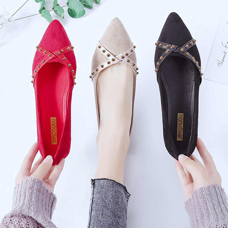 2019 Spring Women Flats Rivets Pointed Toe Slip on Flat Shoes Woman  Comfortable Ladies Shoes Zapatos c0801841a498