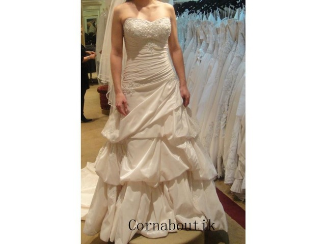 Gorgeous Real Photos Sweetheart Removable Lace Straps Taffeta Custom-made COR-467 Wedding Dresses Ball Gown