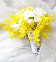Wedding Supplies Bridal Bridesmaid Bouquet Bride Hand Holding Flower Home Decorative Yellow White Artificial Flowers Bouquets