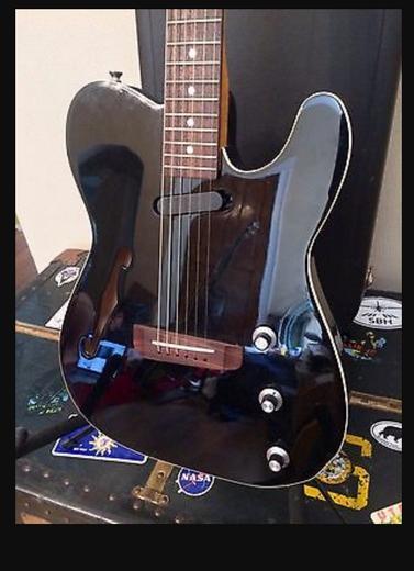 Custom Gutiar With F Hollow Hole Electric Guitar