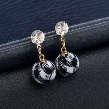 HOSEWYE Fashion CZ Statement Earrings 2018 Cloth Ball Geometric Earrings For Women Hanging Dangle Earrings Modern Jewelry