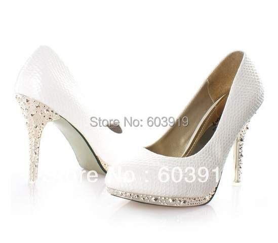 new style white color wedding dress shoe s