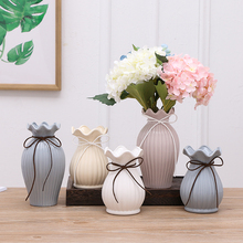 цена на Modern Ceramic vase white/blue Porcelain flower vases centerpieces for weddings crafts Dry flowers home decoration accessories