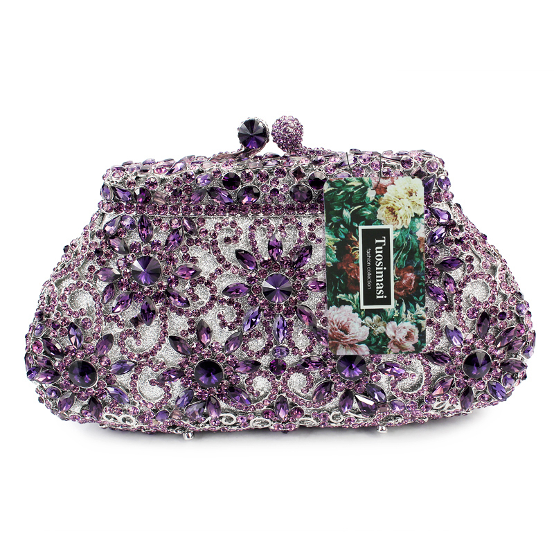 da18053aed Fashionable handbag sale are popular among beautiful girls, the small size  of cheap designer bags makes it easy to be carried, and light.