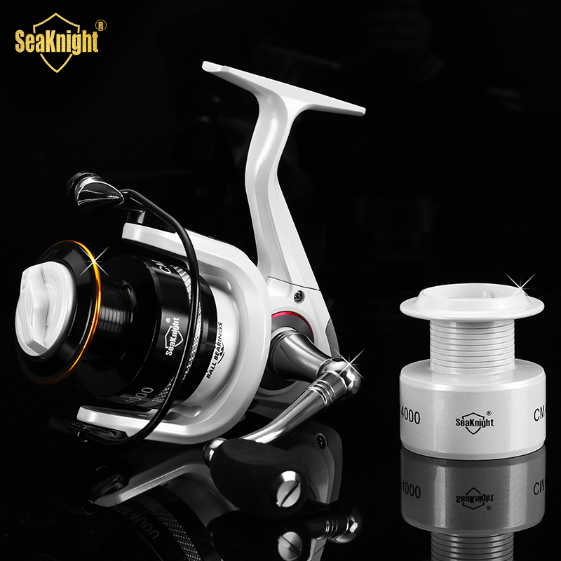 SeaKnight Updated Quality CM2000-4000 11BB Spinning Fishing Reel Carp Fishing Wheel Spinning Reel With Spare Spool