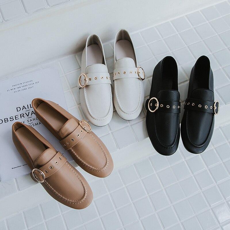 0566078427a34 Femme Mode Vache Casual Bout Femmes Cuir Carré blanc Noir 2019 Printemps  Mules Blanc Appartements Isnom Femelle Mocassins Chaussures ...