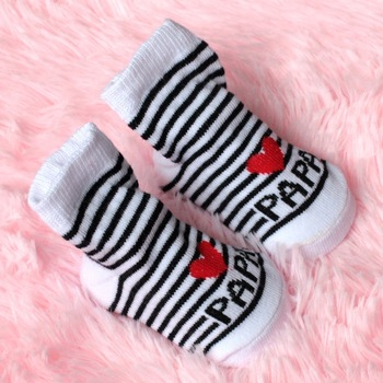 2016 New Lovely Soft Baby Socks Newborn Toddler Infant Kids Girls Boys Stripe Cotton Love Mama/Papa Socks 0~6 Months Fashion 1