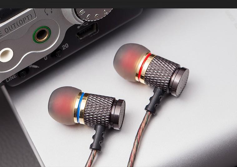 QKZ DM6 Earphones Enthusiast bass In-Ear Earphone Copper Forging 7MM Shocking Anti-noise Microphone Sound Quality fone de ouvido 14